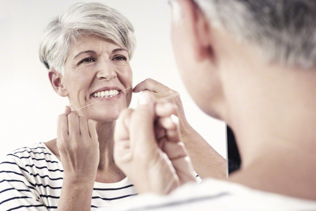 Zahnseide Anwendung